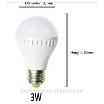 Alto brillo 3W / 5W E27 B22 2835SMD Blanco frío / caliente blanco llevó la luz de bulbo