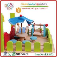 Brinquedos de casa de boneca de madeira para crianças novas