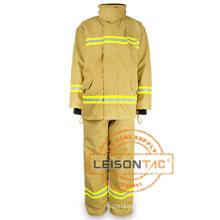 Anzug mit schwer entflammbar und wasserdichte EN standard Stoff zur Brandbekämpfung