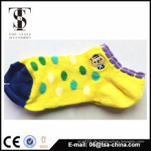 Fabrik-Großverkauf nach Maß Mädchenkind-Schlauch-Sockenfabrik