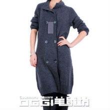 Modernes zweireihiges, gestricktes, reines Kaschmir-Pulloverkleid