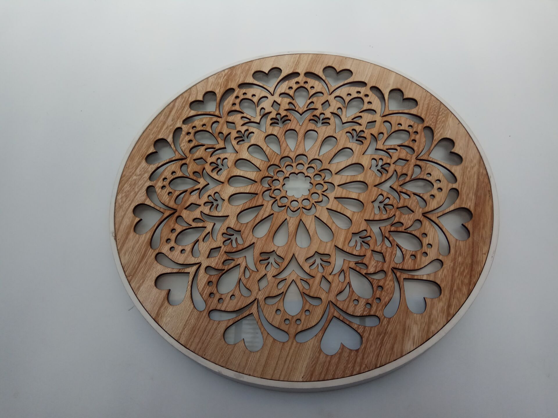 easy clean wooden dish