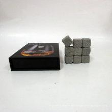 Tipo de accesorios para barra de enfriador de vino y función ecológica Whisky Stone / Elegante Whisky Stone Set en caja de regalo de madera de pino