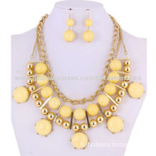 Fashion Jewelry Chain, Made of Plastic Bead with Metal Chain