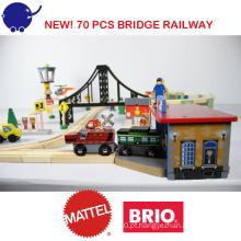 2016 New Popular 70 pcs garagem ponte ferroviária de madeira ferroviária Set Train Toy