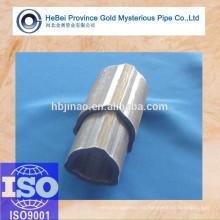 36,1 * 4,4 + 43,4 * 3,3 Tubo de acero sin costura triangular y tubería (servicio de corte)