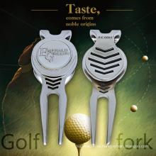 Único metal de pintura Tenedor de golf con chapado, mercado de bolas