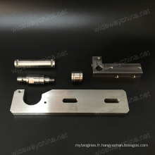 Précision supérieure tout le type de pièces de fraisage de commande numérique par ordinateur en aluminium pour l'utilisation d'équipement indusrial, petite quantité acceptée, qualité stable