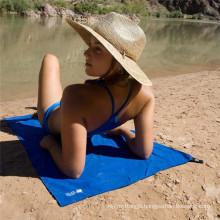 Microfiber beach towel with carrying mesh bag microfiber suede towel microfiber sports towel