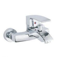 Новый дизайн одной ручкой Латунь ванной Кран (WH8817C)