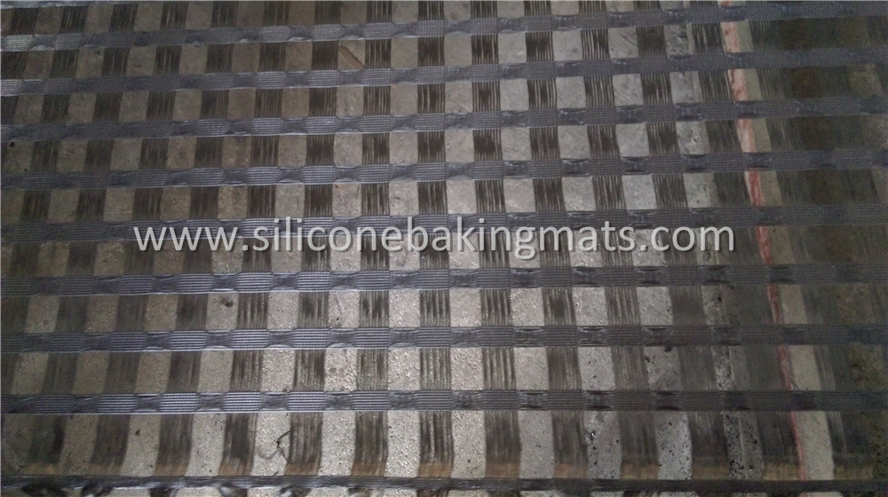 Polyester Geo Grid Reinforcement Over Soft Soil