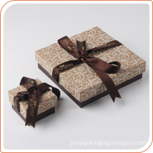 Cardboard trinket gift box with ribbon closure for birthday party