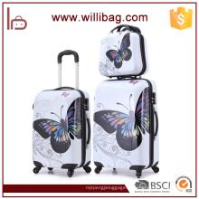 Grupo colorido da bagagem da borboleta dos sacos do curso do trole da mala de viagem do PC