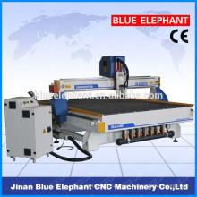 Máquina caliente del CNC de madera de la venta de China con YAKO 2608, máquina del router del CNC de la carpintería