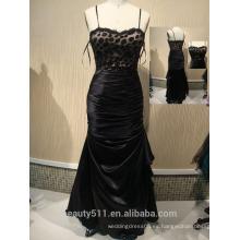 2017 El nuevo cordón negro Backless de la cucharada elegante atractiva por encargo de la cucharada de la A-line y el vestido largo del vestido de noche de Tulle viste ED04