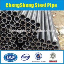 JIS STPG38 G3454 Kohlenstoffstahlrohr warmgewalzt mit Lackierung und Kappen - St37 Stahlrohr
