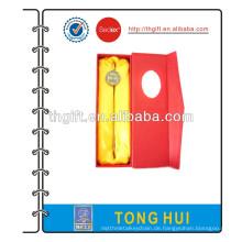 Metall-Lesezeichen mit rotem Papierfach