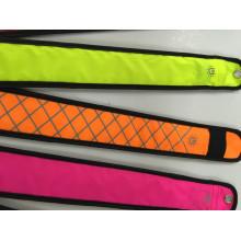 Padrão Refletivo com Bracelete LED Slap Wrap - Braçadeira LED