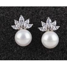 Haute qualité zircon pierre boucle d'oreille incrusté d'allergie simple mode bijoux