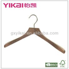 Percha de madera de la camiseta de H-grado