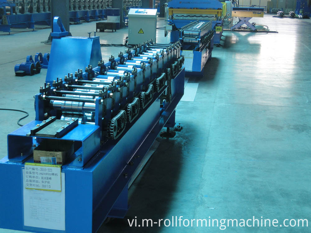 Steel CZ purlin roll forming machine