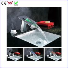 Chine Robinet de bassin en laiton à double poignée hydraulique de couleur de 3 (FD15102F)