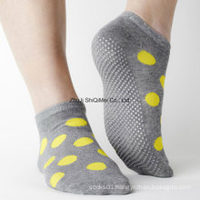 Factory Custom Made Supplier Men Women Cotton Polyester Rubber Anti Slip Non-Slip Socks