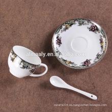Taza de café de cerámica de alta calidad y platillo