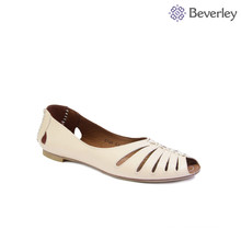 2018 summer white leather beautiful fish head shoes