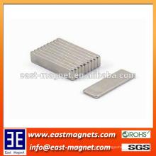 Imanes sinterizados personalizados del neodimio forman el imán 20x10x10mm de la forma del bloque para la venta