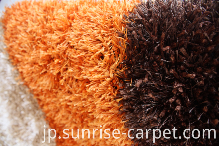 Polyester mix Shaggy carpet with Design