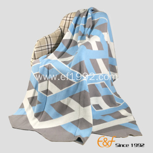 High-quality Cotton Thick Lines Jacquard Knitted Blanket