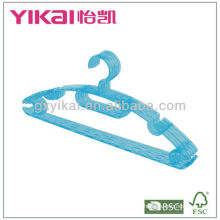 Good quality plastic hangers wholesale