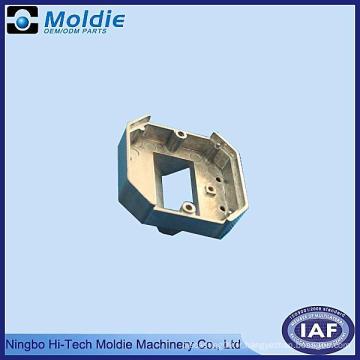 Pièces en aluminium de moulage mécanique sous pression avec le port d'échappement
