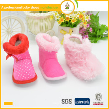 2015 el bebé caliente del invierno de la manera del estilo de la venta caliente al por mayor nuevo calza los zapatos