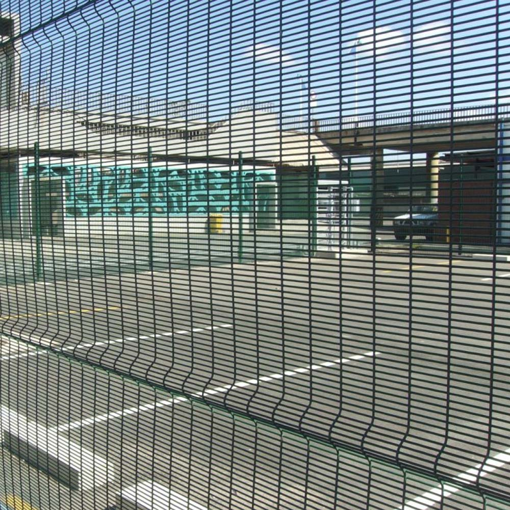 China 358 Security Fence Prison Mesh Manufacturers