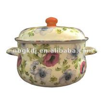 pote de esmalte com design completo e botão de madeira
