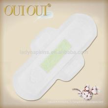 Serviettes hygiéniques de couverture maxi douces et cotonneuses avec puce verte d'ion d'argent avec l'appui respirable