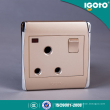 Différentes couleurs BS Standard 15A Switched Socket with Neon
