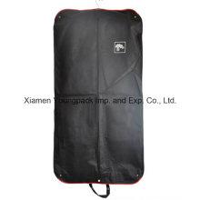 Bolso plegable impreso negro de la cubierta de la ropa del botón no tejido impreso
