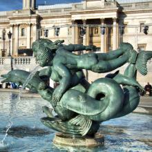 sculpture de fontaine de dauphin