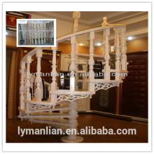 Balaustre interior de madera original