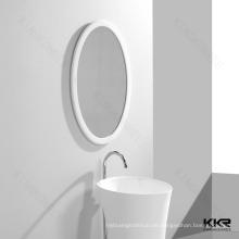 Stilvoller weißer Stein-gerahmter Badezimmer-Spiegel