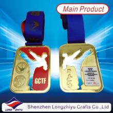 2014 medallas de deporte personalizadas más nuevo medalla de oro Taekwondo con epoxi cúpula (lZY-201300046)