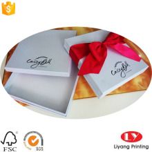 Caixas de presente branco Design elegante com fita
