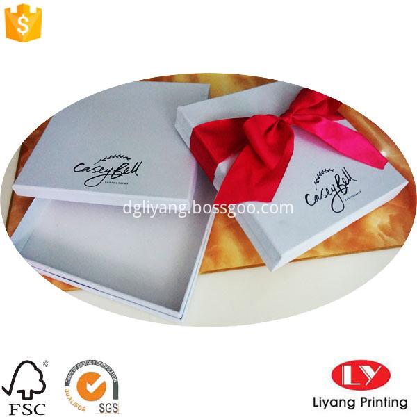white gift boxes 9