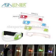 3 Modes de lumière 100% de luminosité Flash rapide et flash lent Sécurité Courroie de bras de ceinture réfléchissante Brouillard de LED