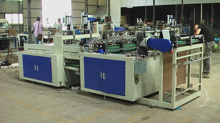 AUTO T-shirt bag making machine
