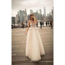 Vestido de noite nupcial a linha de vestido de noiva