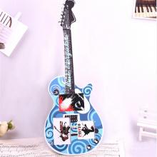 Hölzerner spätester Gitarre geformter hölzerner Fotorahmen